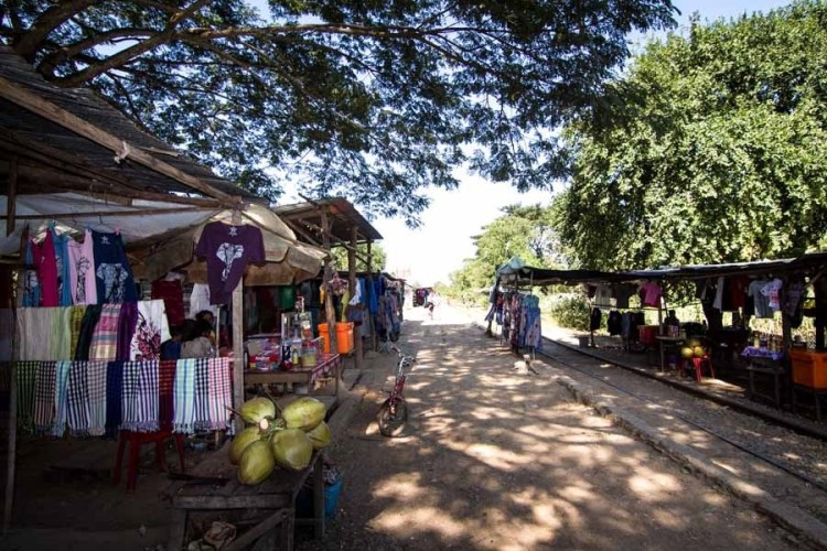 马德望竹火车 Battambang