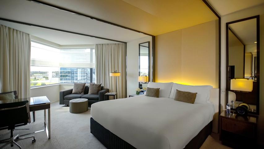 Luxe King Spa Rooms Crown Metropol Perth