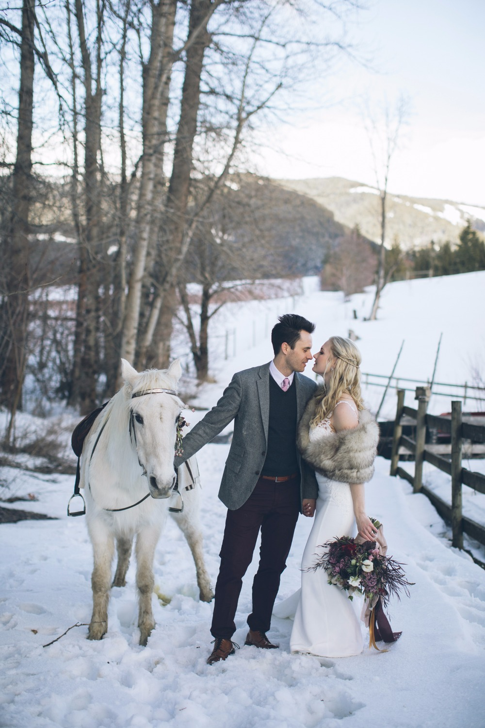 76 96 white winter wedding ideas will warm your heart
