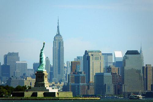 Mỹ: Doanh số nhà chờ bán tăng 1,5% trong tháng 9