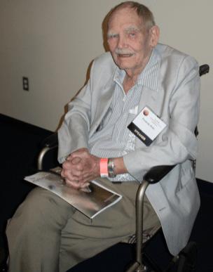 Frederik Pohl in 2008.