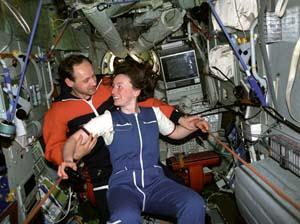 Anatolii Artsebarskii and Helen Sharman on Mir (1991)
