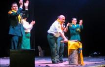 El Pr. Leonel Lozano, Presidente de la Unión Ecuatoriana; realizó el clavado del hacha que aperturó el Camporí Nacional.