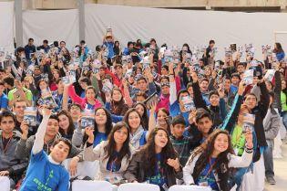 Compromiso Entrega Libro Misionero Congreso JA ©Gabriel Gamboa