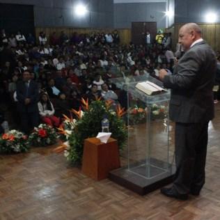 El cuarto día de la Caravana Viva con Esperanza, el Pr. Bullón estuvo en Riobamba