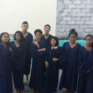 En respuesta a esta movilización masiva de jóvenes, varias personas entregaron si vida a Jesús por medio del bautismo