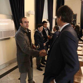 Saludos con el director del Colegio Adventista de Calama y el Ministro de Ciencia y Tecnología de Chile.
