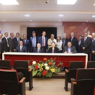 Comissão internacional é formada por avaliadores da Educação Adventista.