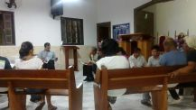 Fiéis da IASD de São José do Imbassaí, em Maricá, estudam os temas propostos.