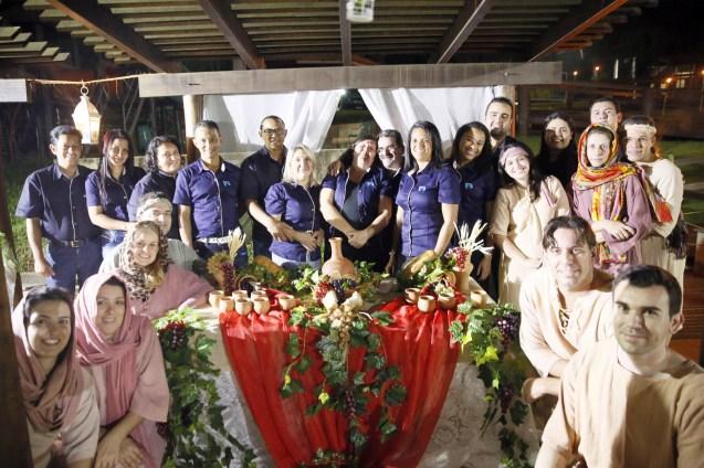 Obreiros e equipe que trabalhou no evento
