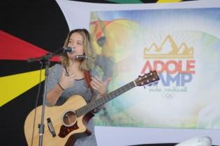 Roberta Spitaletti foi a atração musical nos três dias do Adolecamp
