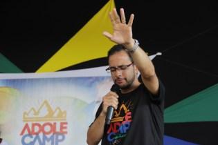 Pastor Denison Cavalcante focou na oração