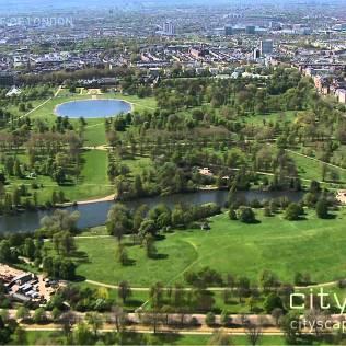 Hyde Park é uma das maiores áreas verdes da cidade, com 2,5 km² de área. [Foto Google]