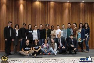 Acadêmicos e professores que ministraram as oficinas