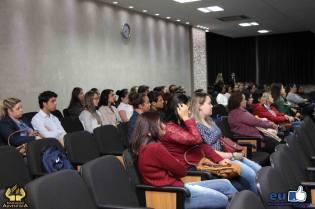 Primeiro momento da capacitação foi com todo o grupo no auditório do colégio