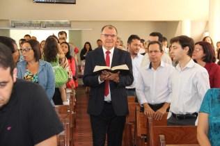 (Central de Itabuna)O presidente da Igreja Adventista nos estados de Bahia e Sergipe, Geovani Queiroz, conduziu a entrada da Bíblia