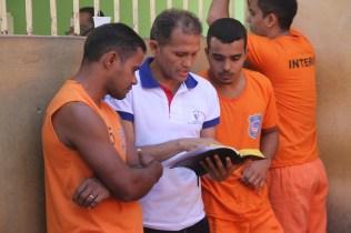 Felipe Junior é um dos instrutores bíblicos