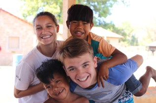 missionarios Maria Fernanda e Tiago Bravo
