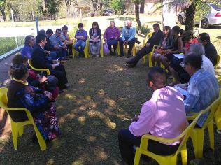 Escola Sabatina em grupos