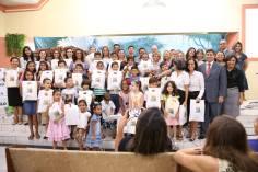 Crianças recebem um kit especial para começarem a jornada espiritual de 40 dias.