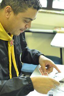 Jonas, durante aula sobre marcação bíblica