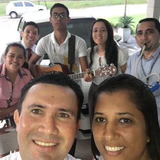 as visitas realizadas pelo Ministério Jovem as casas dos funcionários da FAAMA