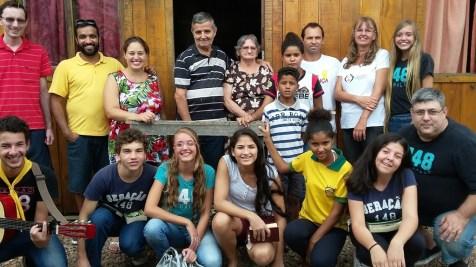 Visita a famílias carentes em Apiúna
