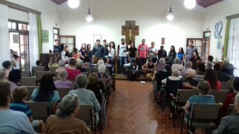 Visita a lar de idosos em Joinville