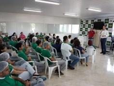 Funcionários da Unilife no programa da Semana Santa