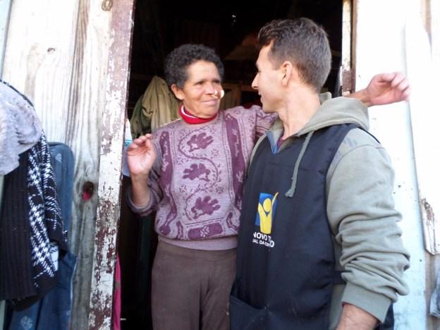 Adventistas foram nas casas perguntando o que os moradores precisavam