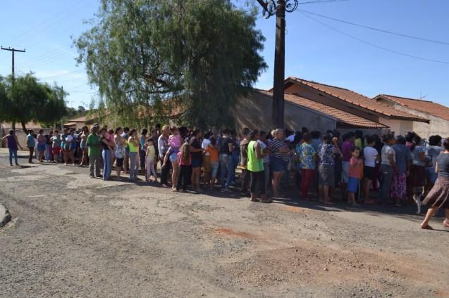 Mais de 100 pessoas fizeram fila para a Street Store
