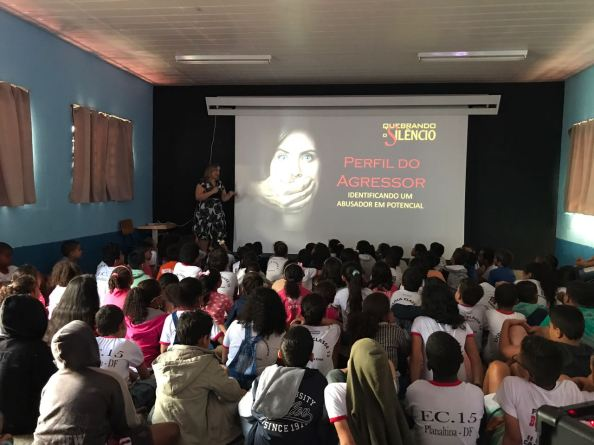 Alunos da Escola Classe 15 de Planaltina Sul aprendem sobre o projeto