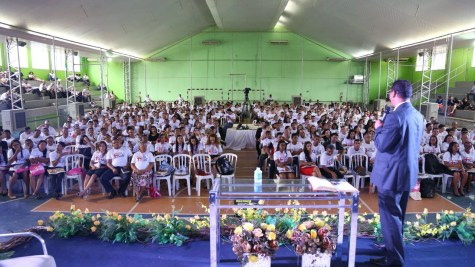 Mais de 700 pessoas participaram do evento.