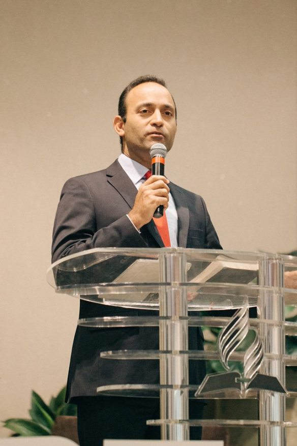 Presidente, pastor Fernando Campanha Rios.