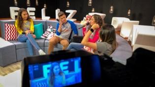 Elenco da websérie Fora de Série durante o programa (Foto: Eli Mendonça)