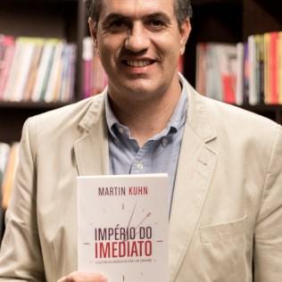 Dr. Martin Kuhn