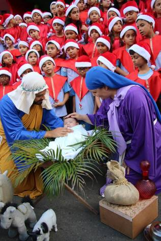Cantata de Natal foi realizada pelos alunos do Colégio Adventista de Itabuna