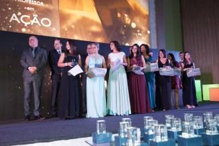 """Finalistas aguardam o anúncio do vencedor da categoria """"Educação Infantil"""". Foto: William Moraes e Daniel de Oliveira."""
