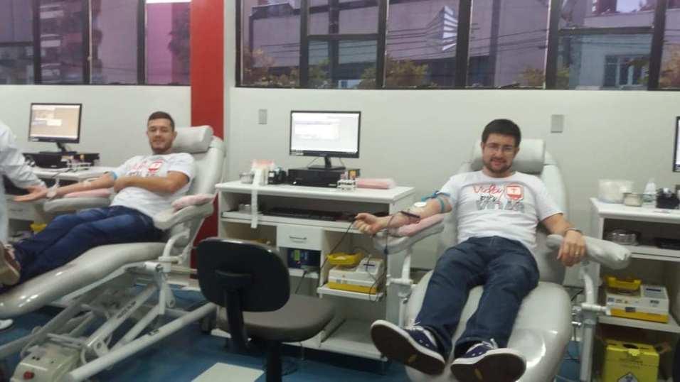 Grupo ajudou banco de sangue a bater meta diária. [Foto: Reprodução Internet].