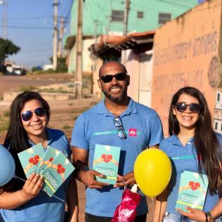 Distribuição de livros em Valparaíso - DF