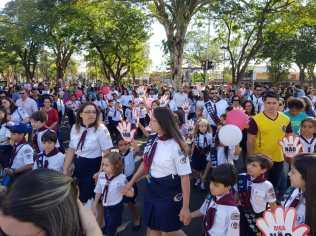 2 mil pessoas caminharam pelas ruas de Artur Nogueira pedindo um basta para o abuso sexual infantil