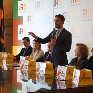 Governador alogia iniciativa dos adventistas e fala sobre a importância da causa