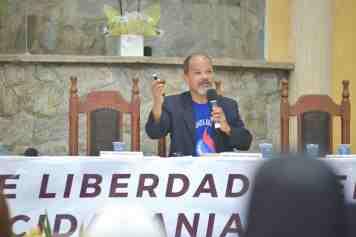 Evento trouxe autoridades políticas e eclesiásticas para compartilhar informações por meio de palestras (Foto: Elvis Natali)