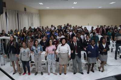 250 jovens no AcampJovemRio.