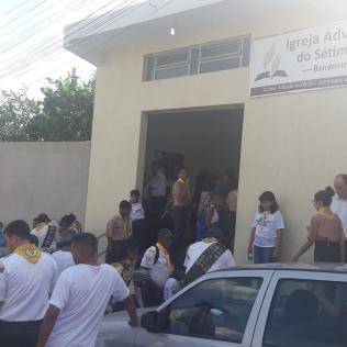 Fiéis participam de programa realizado no templo (Foto: Divulgação)