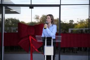 Prof. Fabiana Nowack fala aos presentes
