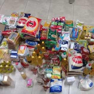 Entrega de cestas básicas em Bauru. Foto: colaborador local