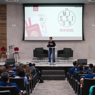 Pregação reforça como deve ser a identidade de um jovem adventista. (Foto: André Azevedo)