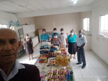 Igrejas se mobilizam para arrecadar alimentos (Foto: arquivo pessoal)