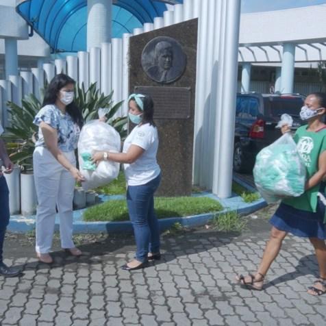 Por meio de parceria, Casa de Lió, núcleo da ADRA em Itabuna, entregou mais de 2 mil máscaras ao Hospital de Base Luis Eduardo Magalhães (Foto: Alexon Demétrio)